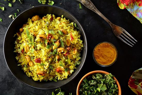 Poha: Health Benefits, Recipe and How to Use Poha for Weight loss?